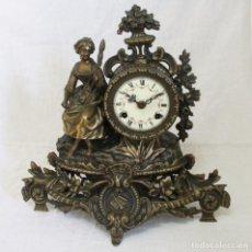 Relojes de carga manual: ANTIGUO RELOJ DE SOBREMESA DE ORIGEN ALEMÁN, DE CUERDAS EN BRONCE.. Lote 94603551