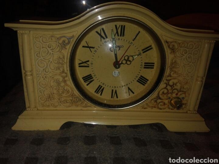 RELOJ SOBREMESA SEIKO CORONA MELODIA FUNCIONA (Relojes - Sobremesa Carga Manual)