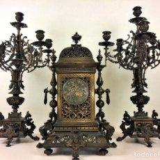 Relojes de carga manual: CONJUNTO DE RELOJ DE REPISA Y CANDELABROS. GUSTAV BECKER. 363422. ALEMANIA. CIRCA 1850. Lote 97845791