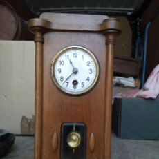 Relojes de carga manual: ANTIGUO RELOJ DE SOBREMESA DE MADERA. Lote 98085898