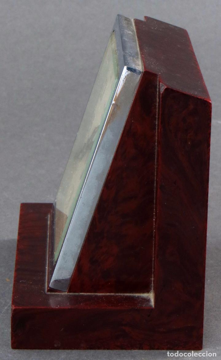 Relojes de carga manual: Reloj de baquelita Reveil Lip 483 años 50 - Foto 3 - 102794935
