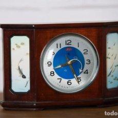 Relojes de carga manual: RELOJ DIAMOND CHINA DE MADERA CON SEGUNDERO DE AVIÓN. Lote 102799668