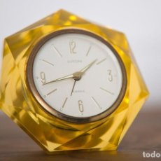 Relojes de carga manual: RELOJ EUROPA AMARILLO CON FORMA DE DIAMANTE. Lote 102799882