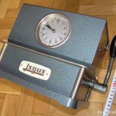 Relojes de carga manual: ANTIGUO RELOJ ISGUS DE FICHAR FICHAJE EN EMPRESAS, FUNCIONANDO. Lote 103341679