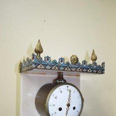 Relojes de carga manual: RELOJ ANTIGUO, S.XIX DE MÁRMOL Y ESMALTE DE CLOISONNÉ. Lote 104792047