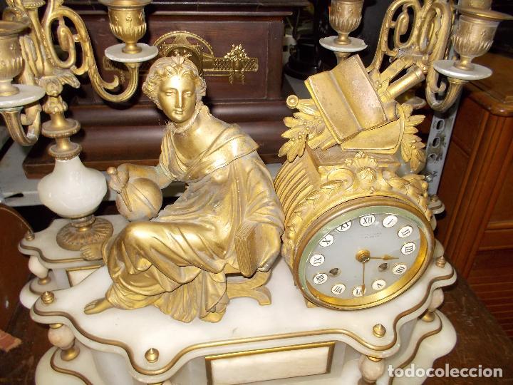 Relojes de carga manual: Reloj de sobremesa con candelabros - Foto 3 - 104961723