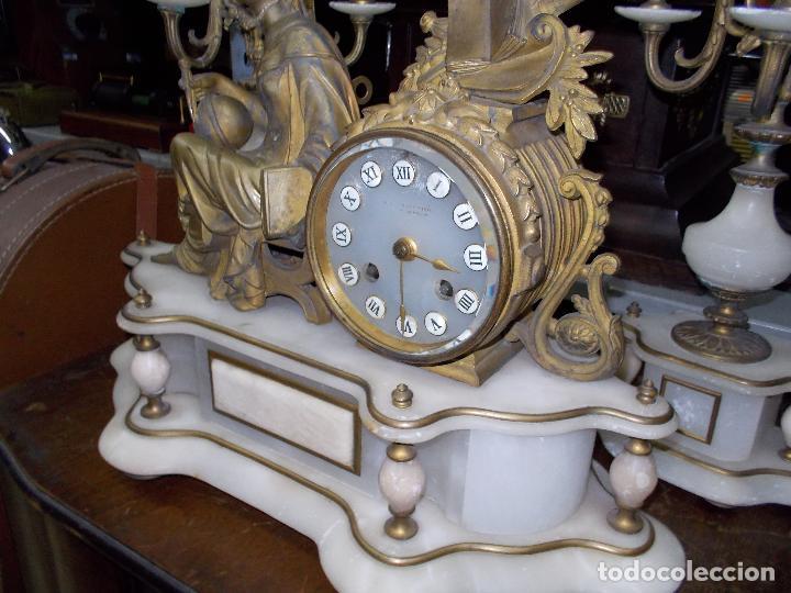 Relojes de carga manual: Reloj de sobremesa con candelabros - Foto 4 - 104961723