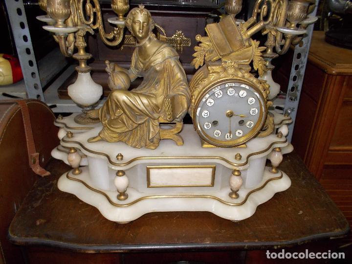 Relojes de carga manual: Reloj de sobremesa con candelabros - Foto 5 - 104961723