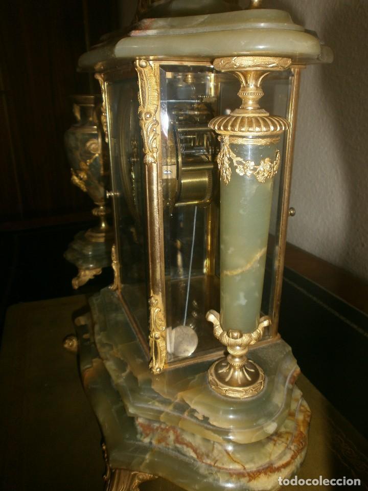 Relojes de carga manual: PRECIOSO RELOJ DE ONIX Y BRONCE PARISINO: L CHARVET AINE LYON + GUARNICIÓN (2 COPAS) - Foto 4 - 105008255