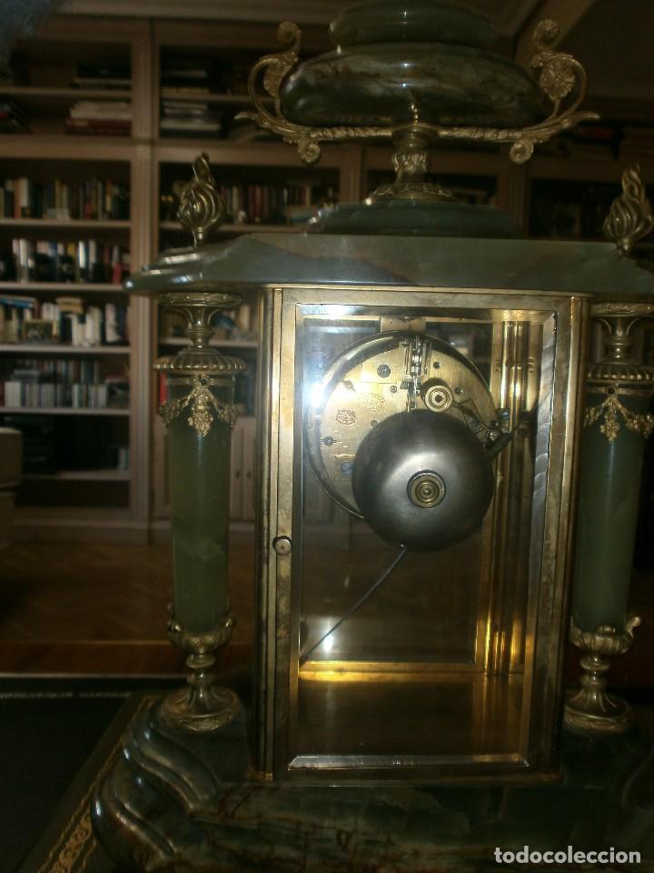 Relojes de carga manual: PRECIOSO RELOJ DE ONIX Y BRONCE PARISINO: L CHARVET AINE LYON + GUARNICIÓN (2 COPAS) - Foto 5 - 105008255