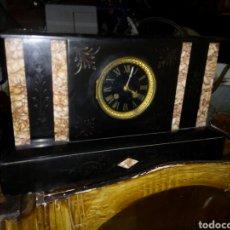 Relojes de carga manual: ENORME RELOJ FRANCES DE SOBREMESA MÁRMOL Y BRONCE SIGLO XLX. Lote 105922184