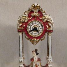 Relojes de carga manual: RELOJ DE SOBREMESA QUARTZ EN PORCELANA. Lote 107556015