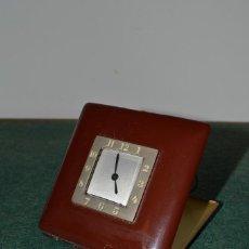 Relojes de carga manual: ANTIGUO RELOJ DE VIAJE ART DECÓ, ¨INVENTIC¨, SUIZA, ESMALTADO, ORIGINAL, AÑOS 30.. Lote 109851499
