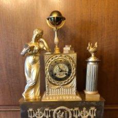 Relojes de carga manual: RELOJ SOBREMESA IMPERIO BRONCE DORADO AL MERCURIO. Lote 110495111