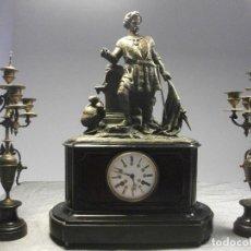 Relojes de carga manual: RELOJ MARMOL Y BRONCE CON CANDELABROS CABALLERO SIGLO XIX / AUGUSTE DEMANGE A EPINAL. Lote 111411275