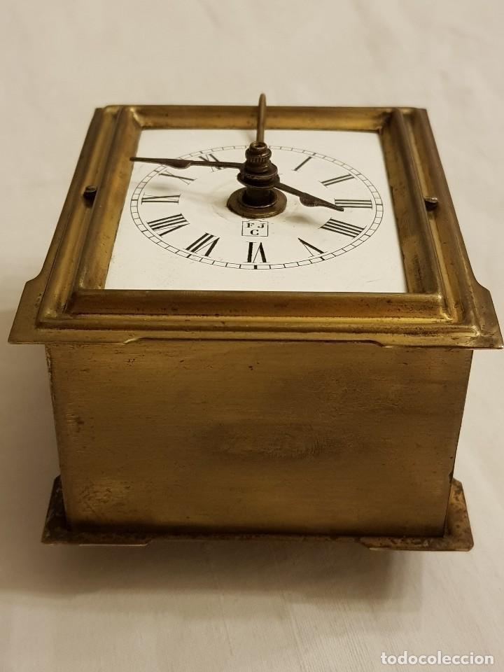 Relojes de carga manual: Reloj portátil de carruaje francés. Marca FJC. Siglo XIX - Foto 3 - 111543715