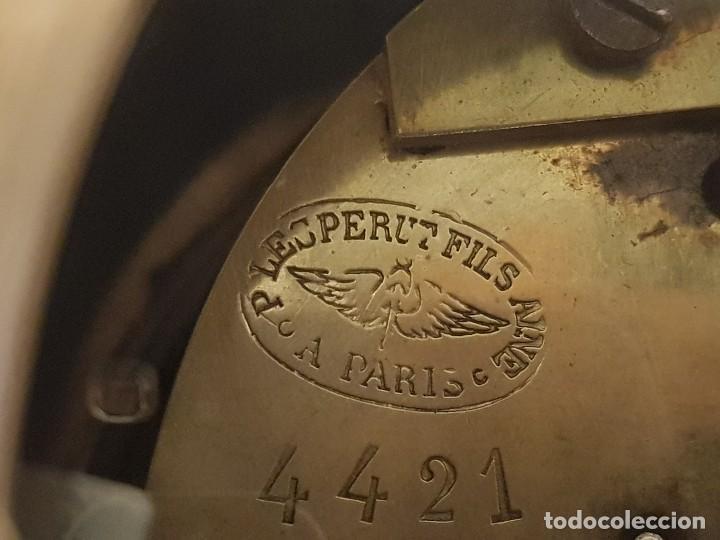 Relojes de carga manual: Reloj francés de calamina y mármol. P. Lesperut Fils Aine à Paris - Foto 11 - 112478035
