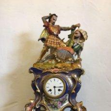 Relojes de carga manual: RELOJ DE PORCELANA VIEJO PARIS. Lote 113707759