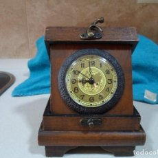 Relojes de carga manual: RELOJ CAJA DE MADERA. Lote 114283799