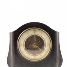Relojes de carga manual: ANTIGUO RELOJ DE SOBRE MESA, DE MADERA, DE CARGA MANUAL. A CUERDA. MARCA SMITHS.. Lote 114825671