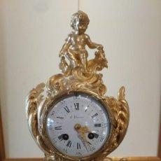 Relojes de carga manual: RELOJ EN BRONCE DORADO SIGLO XIX. Lote 116873359