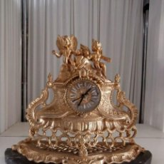Relojes de carga manual: RELOJ DE BRONCE SOBREMESA CON BASE DE MARMOL ANGELITOS. Lote 117069015