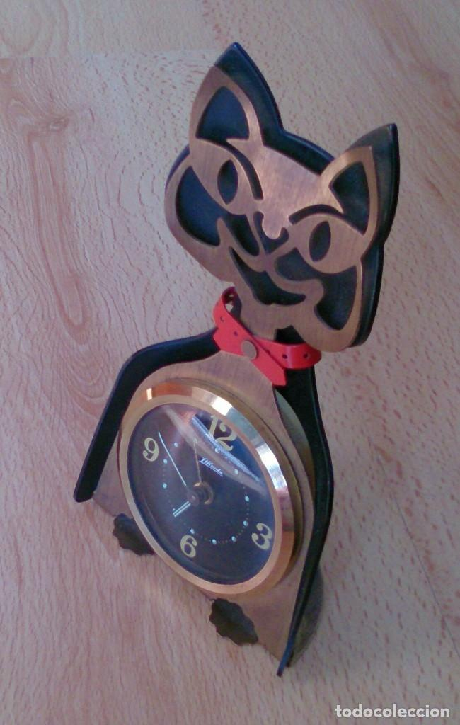 RELOJ ANTIGUO A CUERDA DE SOBREMESA ALEMÁN GATO KATZE (Relojes - Sobremesa Carga Manual)