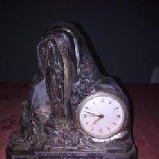 Relojes de carga manual: BONITO RELOJ DE CALAMINA ANTIGUA . Lote 118206639