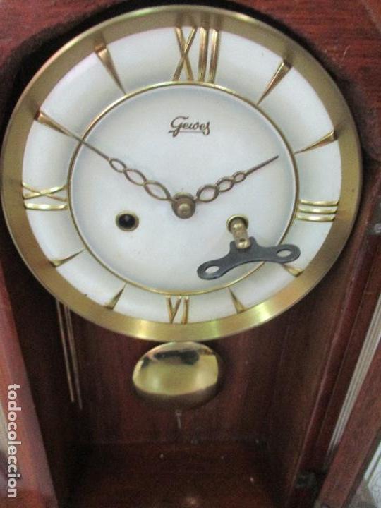 Relojes de carga manual: Bonito Reloj de Sobremesa, Carga Manual - Marca Geides - Madera de Roble - Completo - Funciona - Foto 13 - 118783499