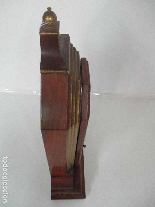 Relojes de carga manual: Bonito Reloj de Sobremesa, Carga Manual - Marca Geides - Madera de Roble - Completo - Funciona - Foto 19 - 118783499