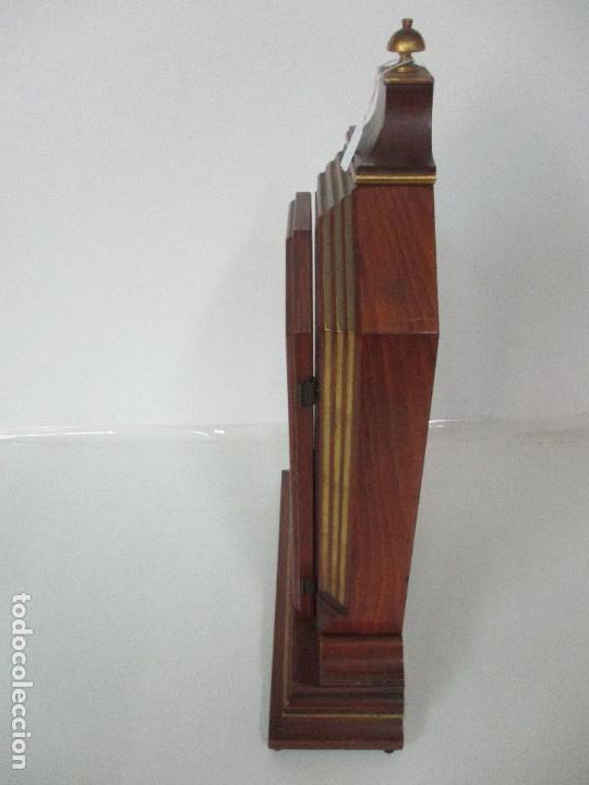 Relojes de carga manual: Bonito Reloj de Sobremesa, Carga Manual - Marca Geides - Madera de Roble - Completo - Funciona - Foto 22 - 118783499