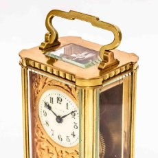 Relojes de carga manual: ANTIGUO RELOJ DE CARRUAJE EN BRONCE LABRADO A MANO, DE ORIGEN FRANCÉS EN PERFECTO ,FUNCIONANDO. Lote 119258831
