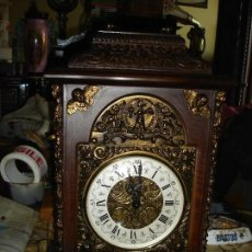 Relojes de carga manual: BONITO RELOJ SELVA NEGRA MAQUINA A DOS MAZOS SONERIA ESTA EN ESTADO DE MARCHA VER FOTOS. Lote 120197515