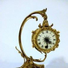 Relojes de carga manual: RELOJ DE BRONCE Y PEANA DE MARMOL. Lote 120209883