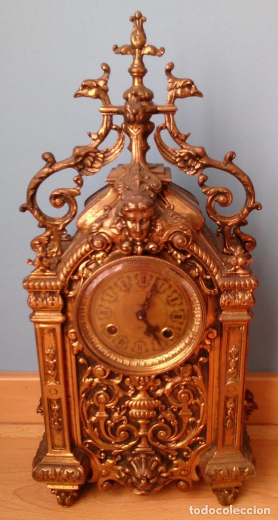 RELOJ DE SOBREMESA DE BRONCE ANTIGUO (Relojes - Sobremesa Carga Manual)
