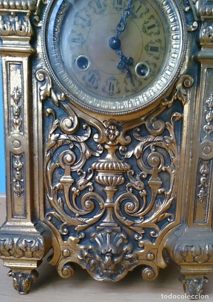 Relojes de carga manual: Reloj de sobremesa de bronce antiguo - Foto 3 - 120236123