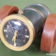 Relojes de carga manual: RELOJ DE SOBREMESA. SARRIO. FORMA DE CAÑON. METAL Y RESINA. SUIZA. CIRCA 1960. . Lote 120312923