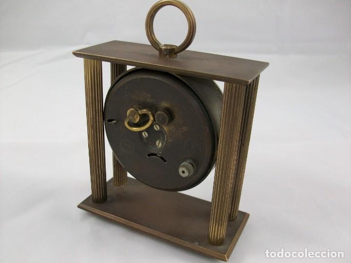 Relojes de carga manual: RELOJ DE SOBREMESA. BRONCE. FUNCIONA PERFECTAMENTE. MANUAL. ANTIGÜEDAD. - Foto 2 - 120942607