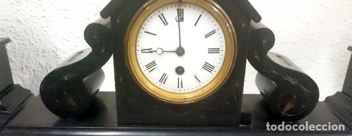 Relojes de carga manual: Espectacular guarnición, reloj, candelabros Napoleón III, Imperio. Mármol negro. Siglo XIX. Original - Foto 3 - 121166351