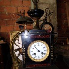 Relojes de carga manual: ESPECTACULAR RELOJ FRANCÉS NAPOLEÓN LLL MÁRMOL Y DETALLES EN BRONCE AL MERCURIO SIGLO XIX. Lote 124628711