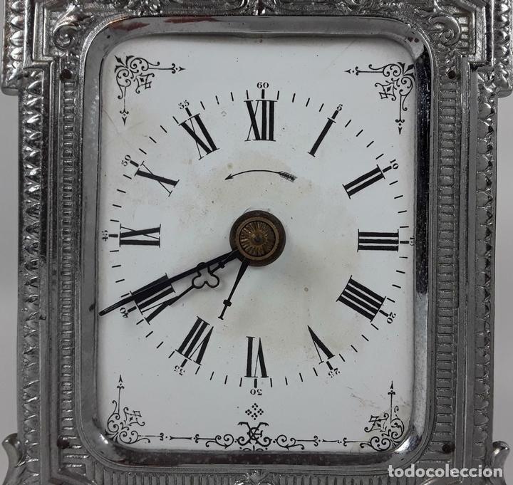Relojes de carga manual: RELOJ DE MESA. LATÓN. GRAND PRIX DE LHORLOGERIE 1878. FRANCIA. - Foto 2 - 121838999