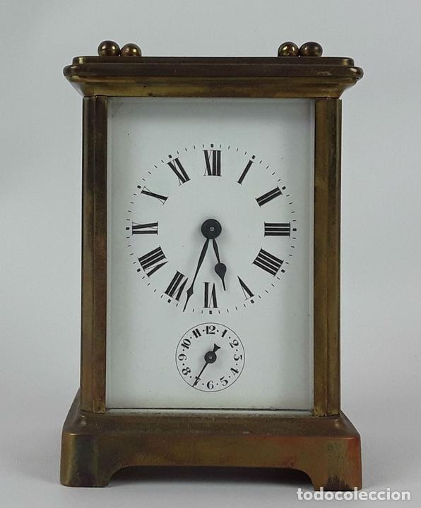 Relojes de carga manual: RELOJ DE MESA CON CAJA. LATÓN Y MADERA. FRANCIA. CIRCA SIGLO XIX. - Foto 5 - 121841427