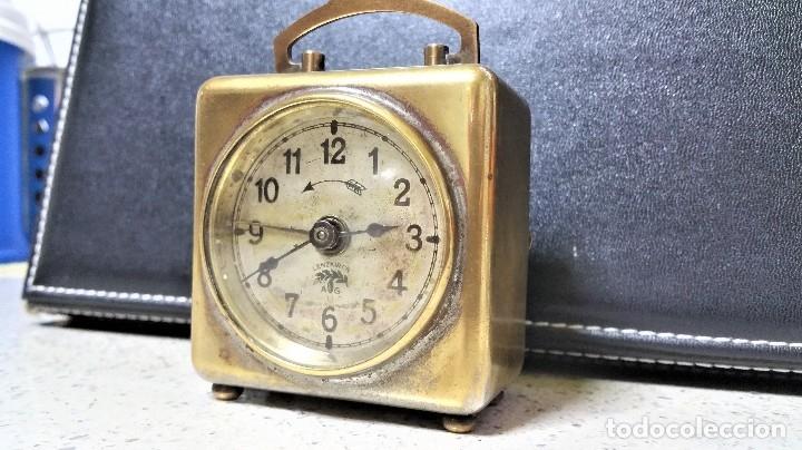 Relojes de carga manual: x2: LENZKIRCH AGU 1 MILLION ALARMA 1.890 GERMANI + CLÁSICO CAMPANAS LATÓN MECÁNICO CHECOSLOVAQUIA - Foto 9 - 104801079