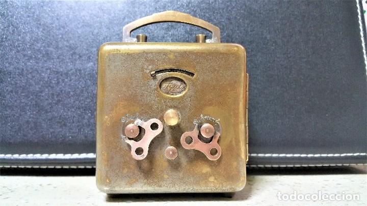 Relojes de carga manual: x2: LENZKIRCH AGU 1 MILLION ALARMA 1.890 GERMANI + CLÁSICO CAMPANAS LATÓN MECÁNICO CHECOSLOVAQUIA - Foto 18 - 104801079
