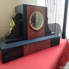 Relojes de carga manual: IMPRESIONANTE RELOJ FRANCÉS MÁRMOL Y DETALLES EN BRONCE SIGLO XIX. Lote 125234391