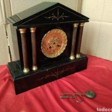 Relojes de carga manual: ANTIGUO RELOJ FRANCÉS MÁRMOL Y BRONCE AL MERCURIO SIGLO XIX. Lote 125235588