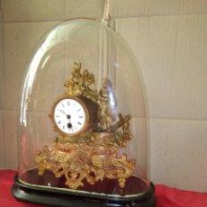Relojes de carga manual: RELOJ ANTIGUO FRANCÉS AÑO 1850 CON CÚPULA CRISTAL FUNCIONA. Lote 125238043