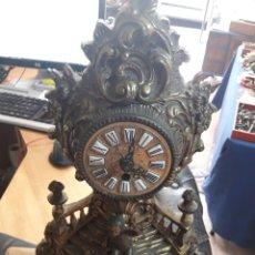 Relojes de carga manual: ANTIGUO RELOJ DE BRONCE. Lote 125423999