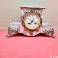 Relojes de carga manual: ANTIGUO RELOJ FRANCÉS MÁRMOL Y BRONCE SIGLO XIX CAMPANADAS. Lote 125450906