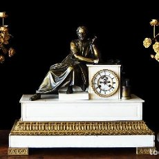 Relojes de carga manual: RELOJ DE SOBREMESA CON GUARNICION SIGLO XIX. Lote 126855003